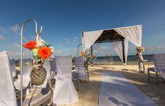 Lina & Timothy's destination wedding in Mexico, Mexico beach wedding, Mexico wedding ideas @destweds