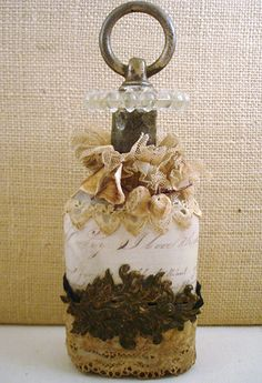 One of Lisa's beautiful bottles she created for Dawn!