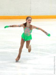 Фотографии Первенство России 2011 - Девушки, Короткая программа - FSkate.ru