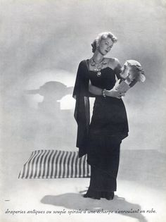 Chanel evening gowns | Chanel 1939 Antique draperies, Evening Gown, Photo Horst by Horst ...