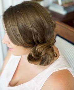 Prom Updos for Pretty Brides and for Very Special Occasions   Hairstyles Charm Side Bun Hairstyles, Hairstyles With Glasses, Fringe Hairstyles, Feathered Hairstyles, Headband Hairstyles, Hairstyles With Bangs, Brunette Hairstyles, Wedding Hairstyles, Bouffant Hairstyles