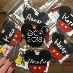 Front and Back-Double Personalization Mickey Mouse Inspired Tassel Keychain-Annual Passholder-Disney-Disney College Program Disney Dorm, Disney Cruise Door, Disney Gift, Disney Crafts, Disney Trips, Birthday Surprise Boyfriend, Birthday Surprises, Girlfriend Birthday, Disney Internship
