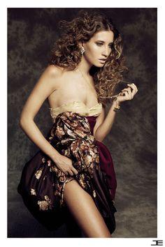 #dress #bustier #etiennejeanson #couture #print #flower #paris #girl #model #shoot #spring #summer #desert #rose #sand #sable #collection  photo : Paul Morel