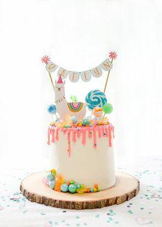 Savory magic cake with roasted peppers and tandoori - Clean Eating Snacks Cactus Cupcakes, Cactus Cake, Llama Birthday, Birthday Cake Girls, Colorful Birthday Cake, Flower Birthday, Animal Birthday, 7th Birthday, Birthday Party Images