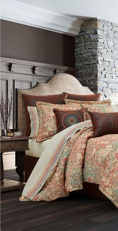 J Queen Katonah is a woven abstract design. The oversized comforter is embellished with a faux leather piping. Rustic Comforter, Duvet Bedding Sets, Comforters, Interior S, Interior Design, Rustic Quilts, Western Bedding, Luxury Cabin, Lodge Style