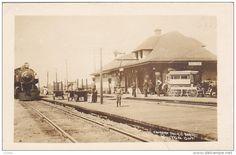 RP: Train at Railroad Depot , BOLTON , Ontario, Canada , PU-1915 Item number: 285822630 - Delcampe.com Bolton Ontario, Original Image, Postcards, Past, Louvre, Street View, Canada, Community