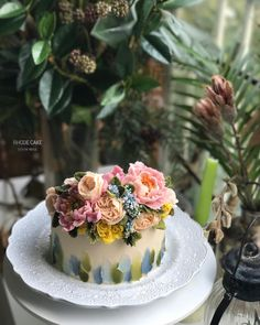 "115 Likes, 3 Comments - RHODE 로데플라워케이크 (@rhode_flowercake) on Instagram: "". - - ▫️advanced 교정반 수업 (student works) ▫️작약과 아이싱 교정수업~ - - #앙금플라워 #플라워케이크 #플라워케이크클래스 #꽃케이크…"""