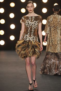 Naeem Khan Fall 2014 Ready-to-Wear Collection Photos - Vogue#1