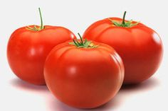 How to store tomatoes: Perfectly ripe tomatoes should be kept at room temperature, on the counter away from sunlight, in a single layer, not touching one another, stem side up. Overly ripe tomatoes should be put in the fridge. How To Store Tomatoes, Storing Tomatoes, Freezing Tomatoes, Lectins, Homemade Ketchup, Healthy Toddler Meals, Healthy Pizza, Healthy Food, Healthy Eating