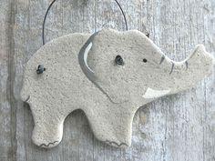 Lavoretto con pasta di sale: l'elefante