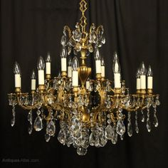 Antiques Atlas - Italian Gilded 18 Light Antique Chandelier Italian Chandelier, Antique Chandelier, Antique Lighting, Chandeliers, Antiques Online, Selling Antiques, Wall Lights, Ceiling Lights, Ceiling Rose