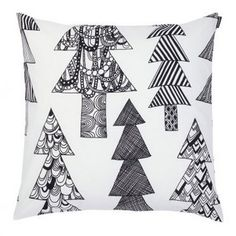 The trendy Kuusikossa cushion cover is designed by Maija Louekari for the brand Marimekko. Kuusikossa means tree in Finnish which shows on the beautiful pattern of the cover. Marimekko, Black White Pattern, White Patterns, Beautiful Patterns, Cushion Covers, Pillow Covers, Pillow Shams, Pillows, Scandinavia Design