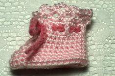 Baby Booties Crochet pattern by Susan Lowman – Crochet models Christmas Knitting Patterns, Crochet Patterns, Universal Yarn, Baby Scarf, Sport Weight Yarn, Lang Yarns, Plymouth Yarn, Paintbox Yarn, Crochet Baby Booties