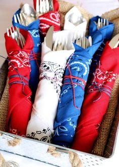 Try these simple 4th of July decorations for easy entertaining inspiration | red, white, and blue handkerchiefs as napkins from @kimtoomuchtime