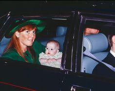 20 December 1988 Sarah & Princess Beatrice