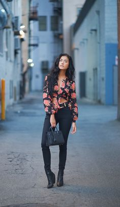 YSL Bag: http://api.shopstyle.com/action/apiVisitRetailer?id=486859209&pid=uid8769-25284863-25 Reformation Floral Top: http://api.shopstyle.com/action/apiVisitRetailer?id=502115885&pid=uid8769-25284863-25 Boots: http://api.shopstyle.com/action/apiVisitRetailer?id=503678666&pid=uid8769-25284863-25