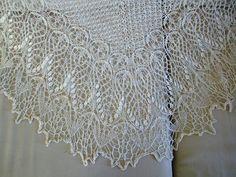 Knitted Bliss: Modification Monday: Echoing Laminaria (mashup of Echo Flowers & Laminaria)