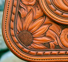 Gordon Andrus- Love sunflowers - Sometimes the grass really is greener. Leather Stamps, Leather Art, Custom Leather, Leather Design, Leather Tooling, Leather And Lace, Leather Purses, Tooled Leather, Handmade Leather