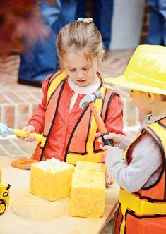 Clever & Bright Construction Birthday Bash // Hostess with the Mostess® Construction Birthday Parties, Construction Party, 4th Birthday Parties, Birthday Bash, Birthday Ideas, Birthday Banners, Construction Worker, 1st Birthdays, Birthday Invitations