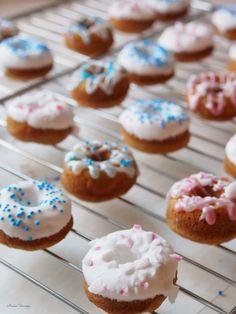 Gingerbread Donuts // Piparkakku-donitsit  http://www.anninuunissa.fi/2014/12/piparkakku-donitsit.html