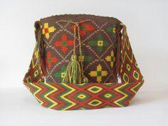 Mochila wayuu 100%artesania colombiana
