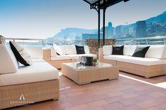 Lounge Club an der Côte d' Azur. Dom Pérignon im Beach Hotel–Restaurant Elsa.