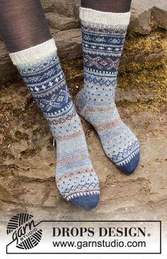 Socks & Slippers - Free knitting patterns and crochet patterns by DROPS Design Baby Patterns, Knitting Patterns Free, Free Knitting, Free Pattern, Crochet Patterns, Crochet Socks, Knitting Socks, Knitted Hats, Crochet Baby