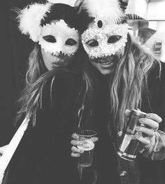 Dica de Carnaval na Europa: Sitges    por Rê Nunes | My best wish       - http://modatrade.com.br/dica-de-carnaval-na-europa-sitges