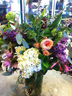 Hydrangea, lilac, Garden Rose Arrangement