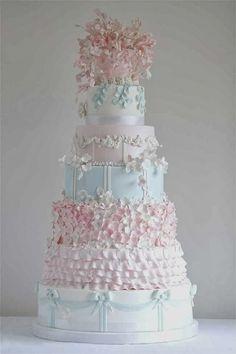 Breathtaking Wedding Cakes from Cakes by Krishanthi Part II Extravagant Wedding Cakes, Beautiful Wedding Cakes, Gorgeous Cakes, Pretty Cakes, Magical Wedding, Amazing Cakes, Beautiful Cake Pictures, Wedding Cake Fresh Flowers, Cake Wedding