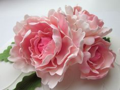 FREE TUTORIAL: polymer clay or gumpaste flowers. Mansikkamäki: Pionikakku