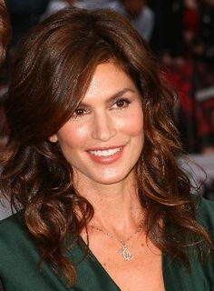 Cindy Crawford Hairstyles 2014 | Cindy Crawford at Ocean 13′s Premiere
