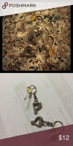 Brighton heart earrings Cute small dangle Brighton earrings! Bundle Brighton and save 15%! Brighton Jewelry Earrings