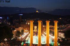love this photo!!!  #barcelonabynight #barcelona #palace #photography