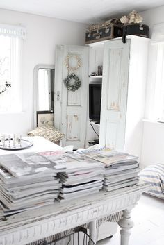 White Interior Home Decor Shabby Chic Cottage Style House