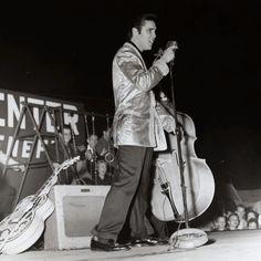 Elvis wearing his gold lame jacket