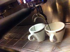 """""""Il caffè, per esser buono, deve essere nero come la notte, dolce come l'amore e caldo come l'inferno"""""""