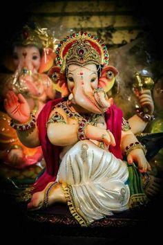 Shri Ganesh Images, Ganesh Chaturthi Images, Ganesha Pictures, Happy Ganesh Chaturthi, Lord Shiva Hd Images, Shiva Lord Wallpapers, Ganesh Idol, Ganesha Art, Saraswati Goddess