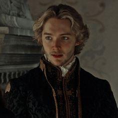 Toby Regbo Reign, Mary Stuart, Pretty Little Liars, King, Mary Queen Of Scots, Pretty Litte Liars