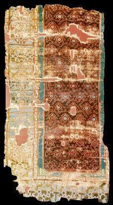 Historical Seljuk / Seljuq rugs and carpets Saljuq rug fragment, 1200s, Konya, Turkey. Current Location: Turk ve Islam Eserleri Muzesi, Istanbul. Inventory no: 688