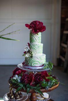 wedding cake idea; photo: Love the Nelsons
