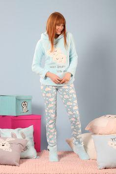 بيجامات نسائيه تركي شتوية ناعمه 2018 | ايكو موضة Casual Work Outfits, Work Casual, Classy Outfits, Cute Pajamas, Girls Pajamas, Suzy, Pajama Day, Valentines Lingerie, Pajama Outfits