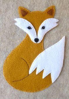 wool applique pattern for a fox Felt Animal Patterns, Wool Applique Patterns, Felt Applique, Stuffed Animal Patterns, Felt Ornaments Patterns, Felt Crafts Patterns, Felt Fox, Wool Felt, Sewing Crafts