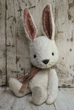 Artist Bear handmade Bunny May . by bearwithmee on Etsy . Some Bunny Loves You, Stuffed Animal Patterns, Stuffed Animals, Little Doll, Sewing Toys, Felt Animals, Diy Toys, Plush Dolls, Softies