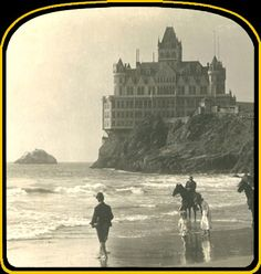 The second iteration of the Cliff House, seen from Ocean Beach in San Francisco - new historical photo. Cliff House San Francisco, San Francisco California, San Francisco Earthquake, San Fransisco, Art Nouveau, Vintage Pictures, Vintage Images, Ocean Beach, Mansions