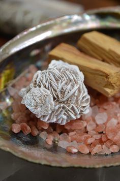 ∆ Desert Rose Selenite... DESERT ROSE SELENITE is a natural crystal formation occurring from the combination of water, wind and sand. They form in shallow salt-water basins as the water evaporates over thousands of years, leaving only the Selenite. Place a piece in your home and office to remove energy blockages, encourage mental clarity and bring prosperity.
