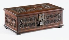 rohlfs furniture | ... copper charles rohlfs carved box 1901 oak with copper charles rohlfs