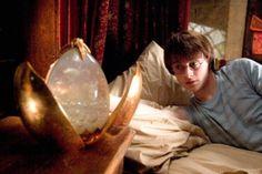 Still of Daniel Radcliffe in Harry Potter og flammernes pokal Harry James Potter, Harry Potter Dragon, Harry Potter Money, Harry Potter Goblet, Percy Jackson, Hogwarts, Dramas, Fire Movie, Goblet Of Fire