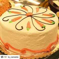 #InstagramELE  La Canasta es una pastelería en Málaga que me encanta. Aquí un ejemplo de una de sus #tartas. #ceaspring #ceaspring17  #Repost @la_canasta with @repostapp  Esta #tarta de #zanahoria es capaz de hacerte sonreír a cada bocado #verdadverdadera ;-) Feliz día!  #Pastelería #Málaga #LaCanasta #Instafood #Instafoodie #Tasty #Postre #Cake #FelizDía