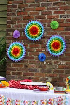art/rainbow party decorations